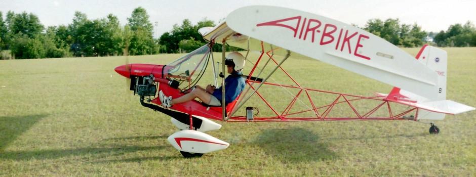 Single Seat Basic Ultra-Light Aeroplane In Canada